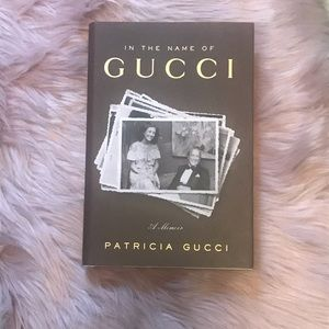 Other - Book Gucci